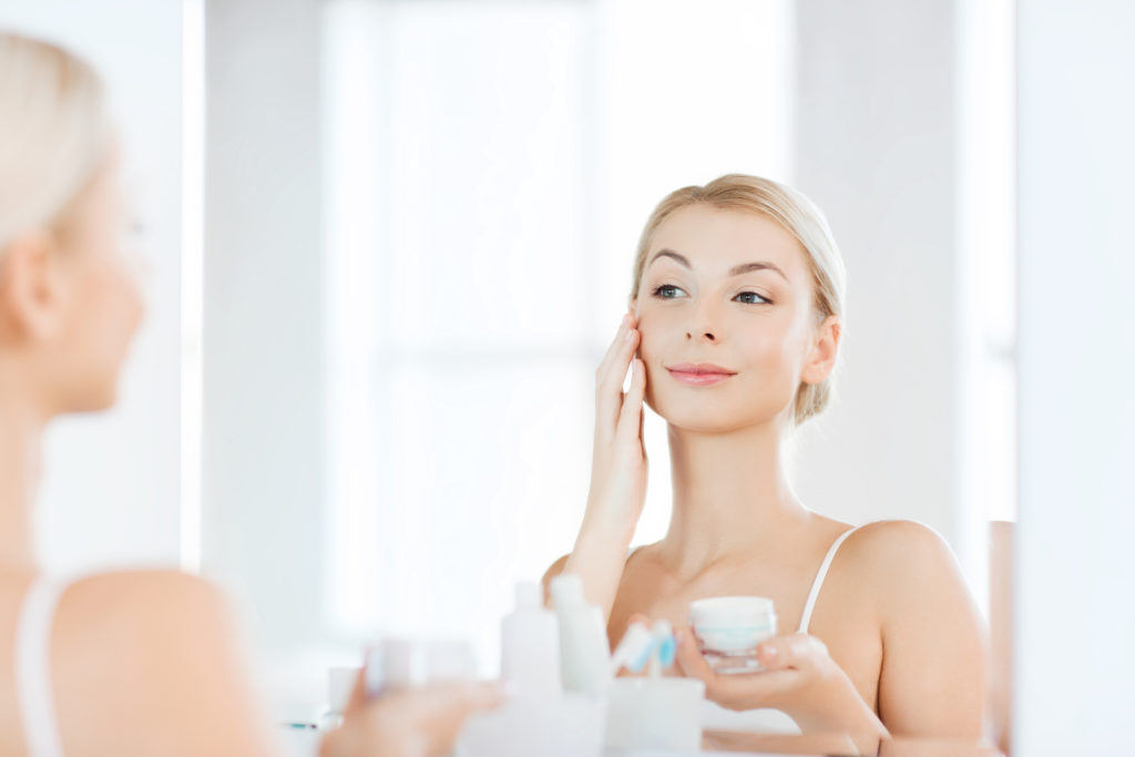 5 Skin Care Products to Use at Night   Lifestyleonthego.com